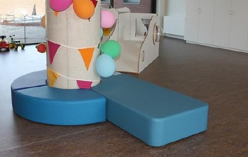 Kussen Op Maat : Kleden zit en beweegkussens: vloer box en aankleedkussen